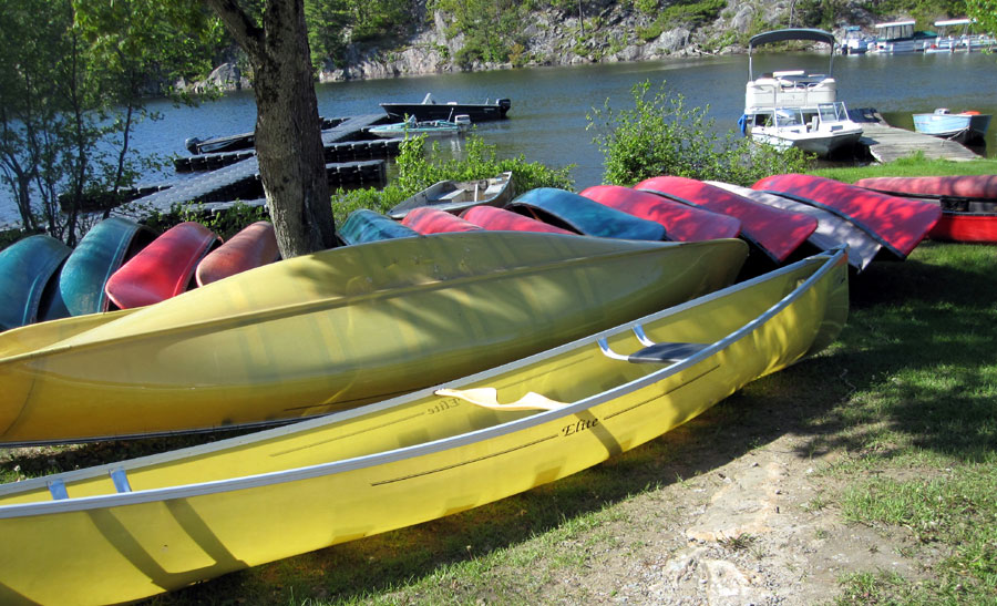 Scott Elite - Kevlar Canoes at Long Lake